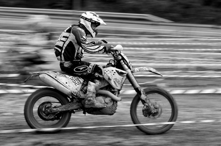 MX B&W speed