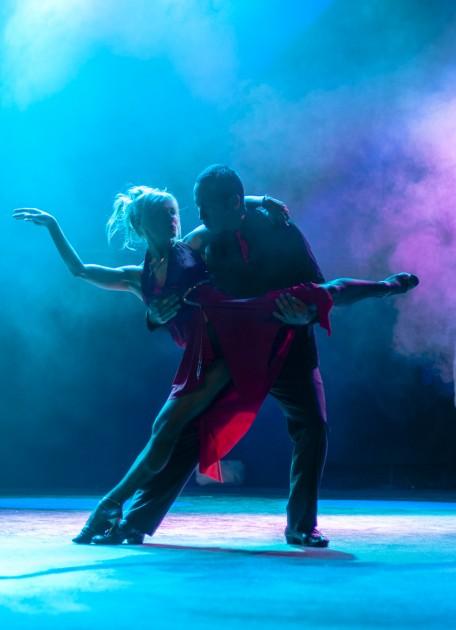 Luz De Gas tango performance (explored)