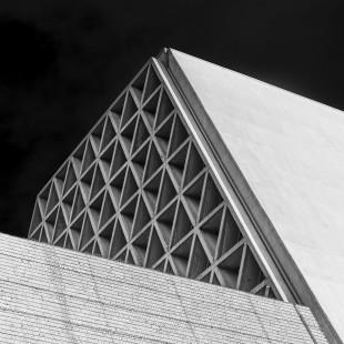 Monte Grisa minimalism (explored)